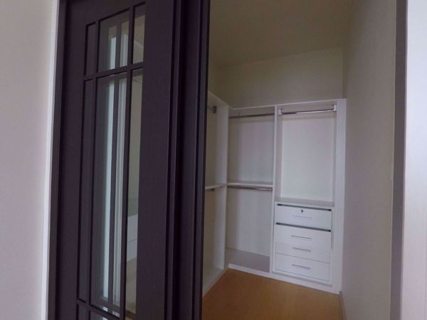 Picture of 1 bed Condo in Villa Rachatewi Thanonphayathai Sub District C014244