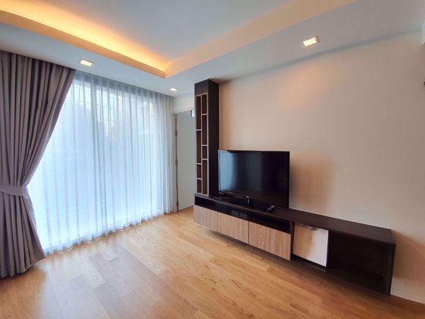 Picture of 2 bed Condo in Focus Ploenchit Khlong Tan Nuea Sub District C014290