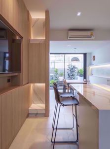 รูปภาพ 3 bed House in Bless Town Sukhumvit 50  Khlongtoei District H014421
