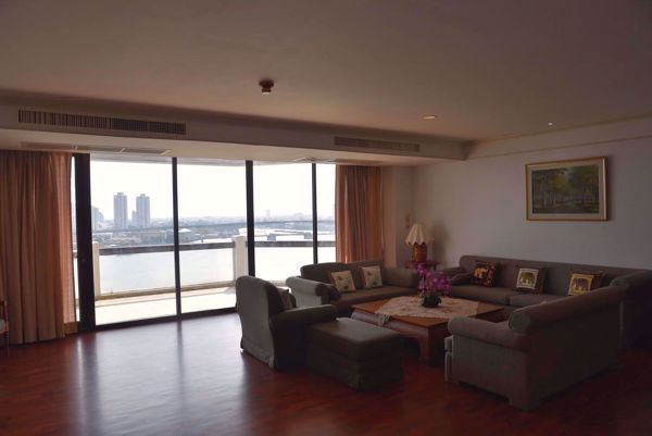 Picture of 3 bed Condo in Tridhos City Marina Khlong San District C014478