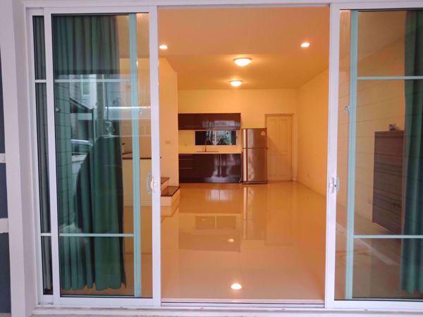 รูปภาพ 3 bed House in Town Avenue Srinakarin  Suanluang Sub District H014493
