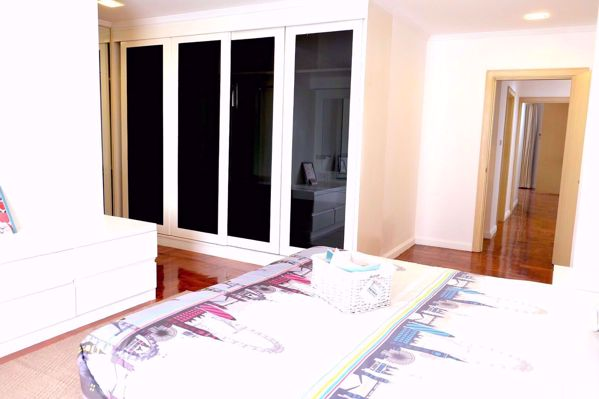 Picture of 3 bed Condo in SanguanSap Mansion Yan Nawa Sub District C014531