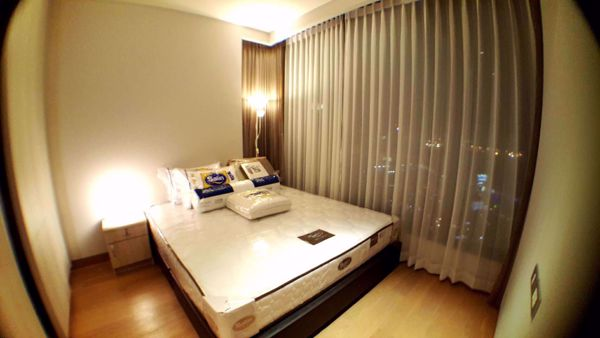 Picture of 2 bed Condo in The Lumpini 24 Khlongtan Sub District C014546
