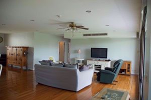 Picture of 4 bed Condo in Prime Mansion One Khlong Toei Nuea Sub District C014572