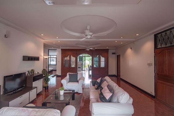 รูปภาพ 3 ห้องนอน Condo ในโครงการ Swasdi Mansion Khlong Toei Nuea Sub District C014593
