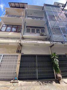 รูปภาพ 3 bed House  Thanonphetchaburi Sub District H014594