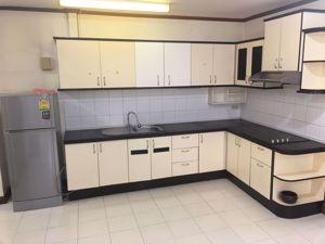 รูปภาพ 3 ห้องนอน Condo ในโครงการ Aree Place Sukhumvit 26 Khlongtan Sub District C014598
