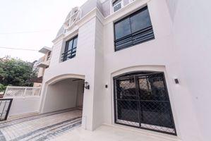 รูปภาพ 6 bed House  Khlong Tan Nuea Sub District H014608