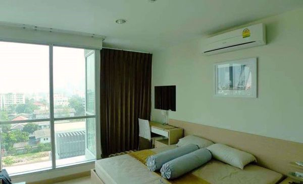 Picture of 2 bed Condo in Rhythm Ratchada Samsennok Sub District C014621