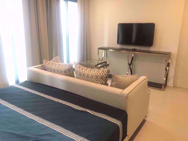 Picture of 1 bed Condo in Noble Ploenchit Lumphini Sub District C014626