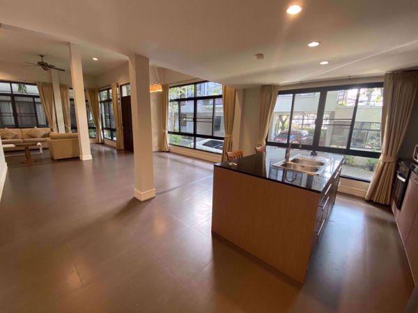 รูปภาพ 3 bed House in Veranda Ville House  Khlongtoei District H014632