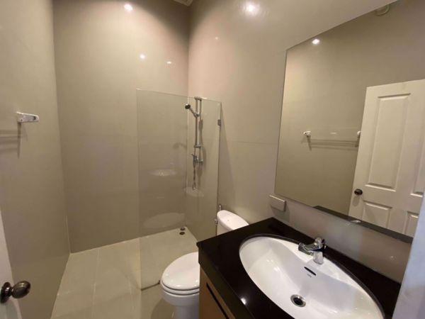 รูปภาพ 4 bed House in Veranda Ville House  Khlongtoei District H014633