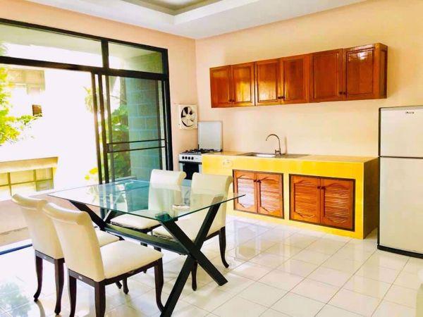 รูปภาพ 4 bed House in Moo Baan Chicha Castle  Khlong Toei Nuea Sub District H014652