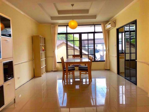 รูปภาพ 3 bed House in Moo Baan Chicha Castle  Khlong Toei Nuea Sub District H014653