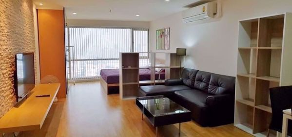 Picture of Studio bed Condo in Sukhumvit Suite Khlong Toei Nuea Sub District C014657