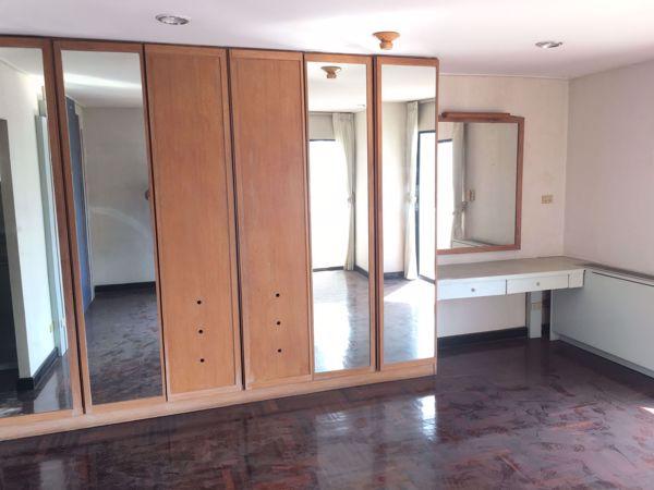 รูปภาพ 3 ห้องนอน Condo ในโครงการ Richmond Palace Khlong Tan Nuea Sub District C014718
