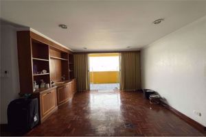 Picture of 3 bed Condo in DS Tower 2 Sukhumvit 39 Khlong Tan Nuea Sub District C014743