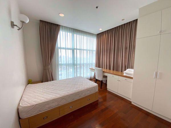 รูปภาพ 3 ห้องนอน Condo ในโครงการ Chatrium Residence Riverside Wat Phraya Krai Sub District C014769