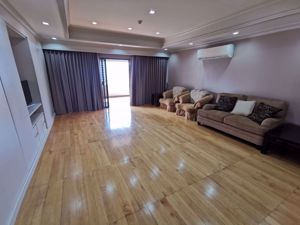 Picture of 3 bed Condo in Tower Park Khlong Toei Nuea Sub District C014774