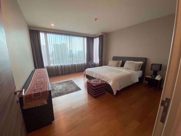 รูปภาพ 3 ห้องนอน Condo ในโครงการ Watermark Chaophraya Khlong Ton Sai Sub District C014811