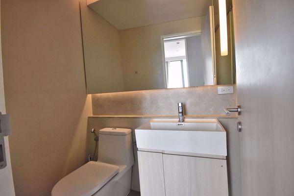 รูปภาพ 2 ห้องนอน Condo ในโครงการ The Lumpini 24 Khlongtan Sub District C014826