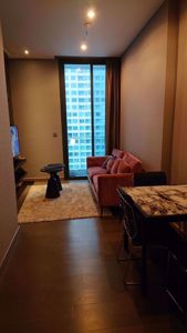 Picture of 1 bed Condo in The Esse at Singha Complex Khlong Toei Nuea Sub District C014918