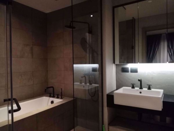 Picture of 2 bed Condo in The Lofts Asoke Khlong Toei Nuea Sub District C015120