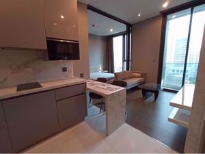 Picture of 1 bed Condo in The Esse at Singha Complex Khlong Toei Nuea Sub District C015146