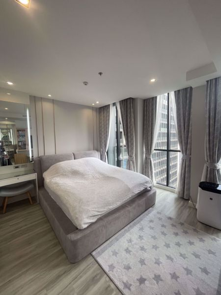 รูปภาพ 1 ห้องนอน Condo ในโครงการ Noble Ploenchit Lumphini Sub District C015207