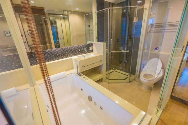 รูปภาพ 2 ห้องนอน Condo ในโครงการ The Address Sathorn Silom Sub District C015224