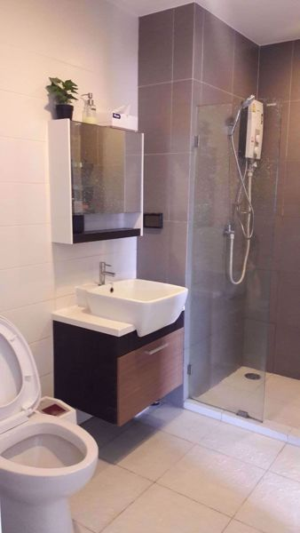 Picture of 2 bed Condo in Whizdom @ Punnawithi Station Phrakhanong District C015243