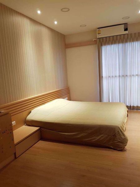 Picture of 2 bed Condo in Supalai River Resort Samre Sub District C015257