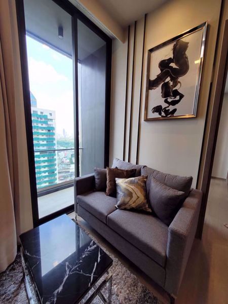 Picture of 1 bed Condo in Celes Asoke Khlong Toei Nuea Sub District C015268