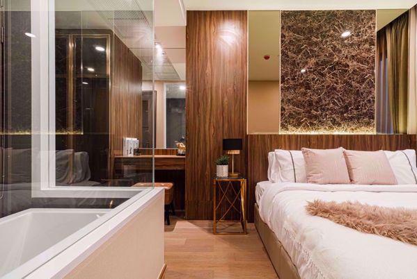 รูปภาพ 2 ห้องนอน Condo ในโครงการ Ashton Chula - Silom Mahaphruettharam Sub District C015444