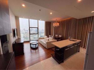 Picture of 1 bed Condo in Oriental Residence Pathum Wan District C015607