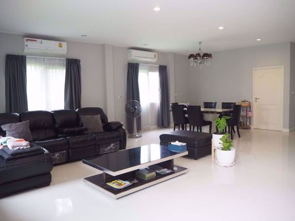 Picture of 4 bed House  Talingchan District H015826