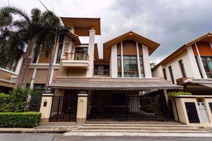 รูปภาพ 4 bed House in Baan Sansiri Sukhumvit 67  Phrakhanongnuea Sub District H015849