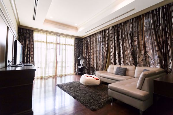 Picture of 4 bed House in Baan Sansiri Sukhumvit 67  Phrakhanongnuea Sub District H015849