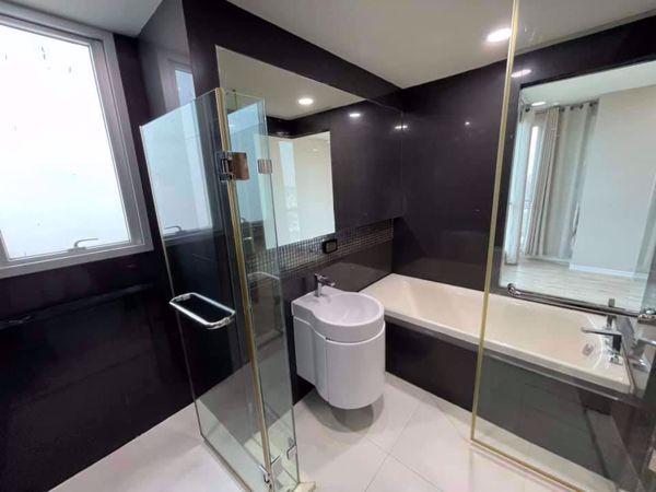 รูปภาพ 2 ห้องนอน Condo ในโครงการ Rhythm Phahol - Ari Samsennai Sub District C015864