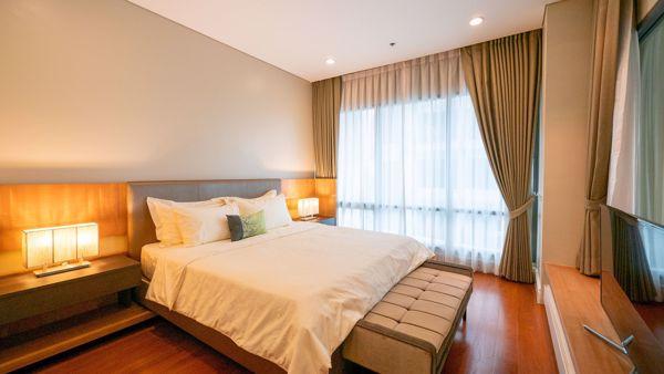 รูปภาพ 3 ห้อง Duplex in Bright Sukhumvit 24 Khlongtan Sub District D015871