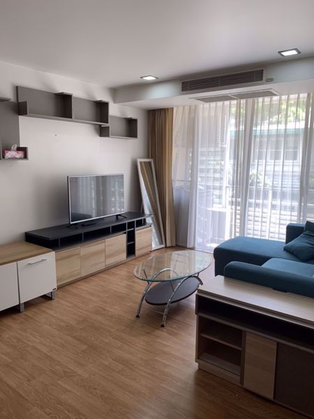 Picture of 1 bed Condo in The Alcove 49 Khlong Tan Nuea Sub District C015886