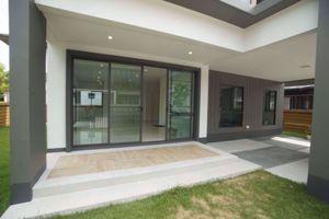 รูปภาพ 4 bed House  Phatthanakan Sub District H015930