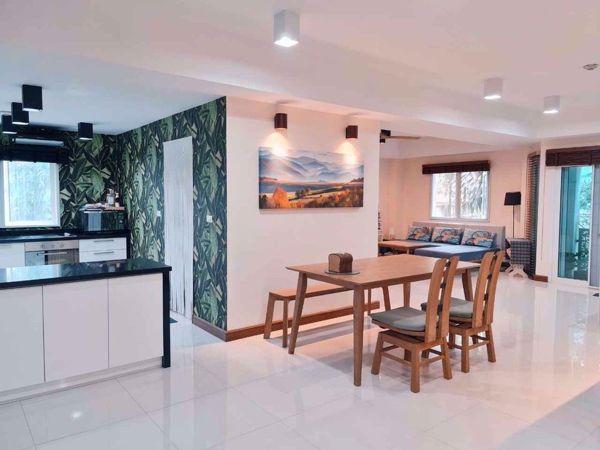 รูปภาพ 2 ห้องนอน Condo ในโครงการ Brighton Place Huai Khwang District C015982