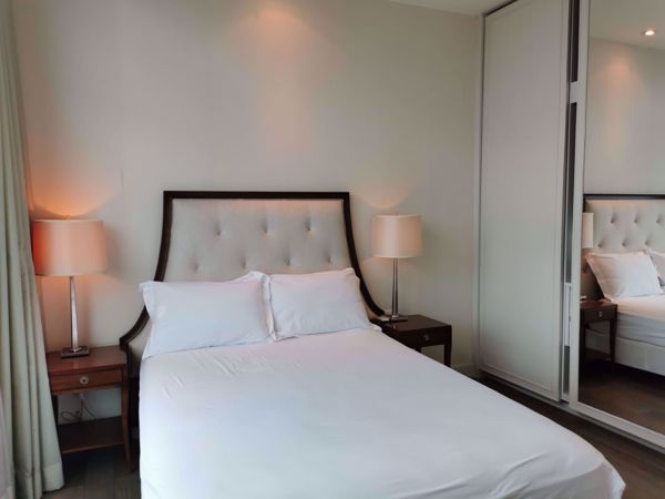 Picture of 2 bed Condo in Oriental Residence Pathum Wan District C016032