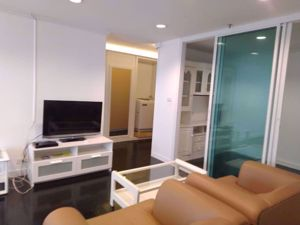 Picture of 2 bed Condo in Baan Suanpetch Khlong Toei Nuea Sub District C016061