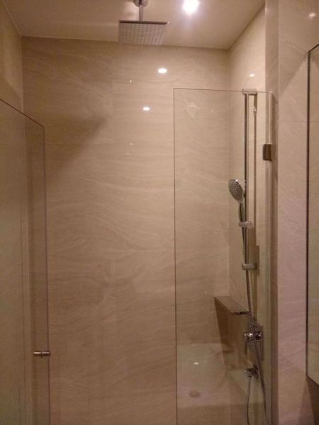 Picture of 1 bed Condo in Ashton Silom Suriyawong Sub District C016165