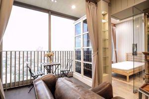 Picture of 2 bed Condo in Ashton Morph 38 Phra Khanong Sub District C016279