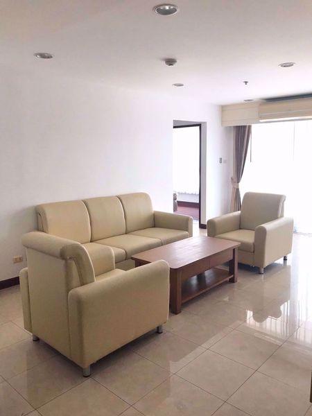 Picture of 3 bed Condo in River Heaven Wat Phraya Krai Sub District C016292