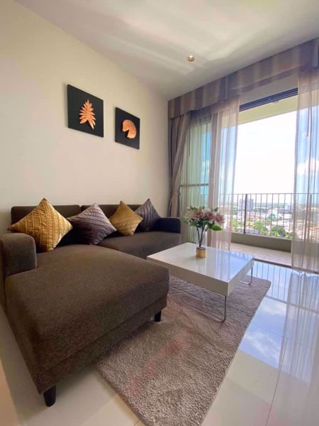 Picture of 1 bed Condo in The Emporio Place Khlongtan Sub District C016313