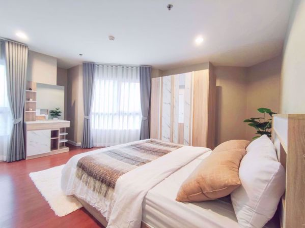 Picture of 4 bed Duplex in Belle Grand Rama 9 Huai Khwang Sub District D016315